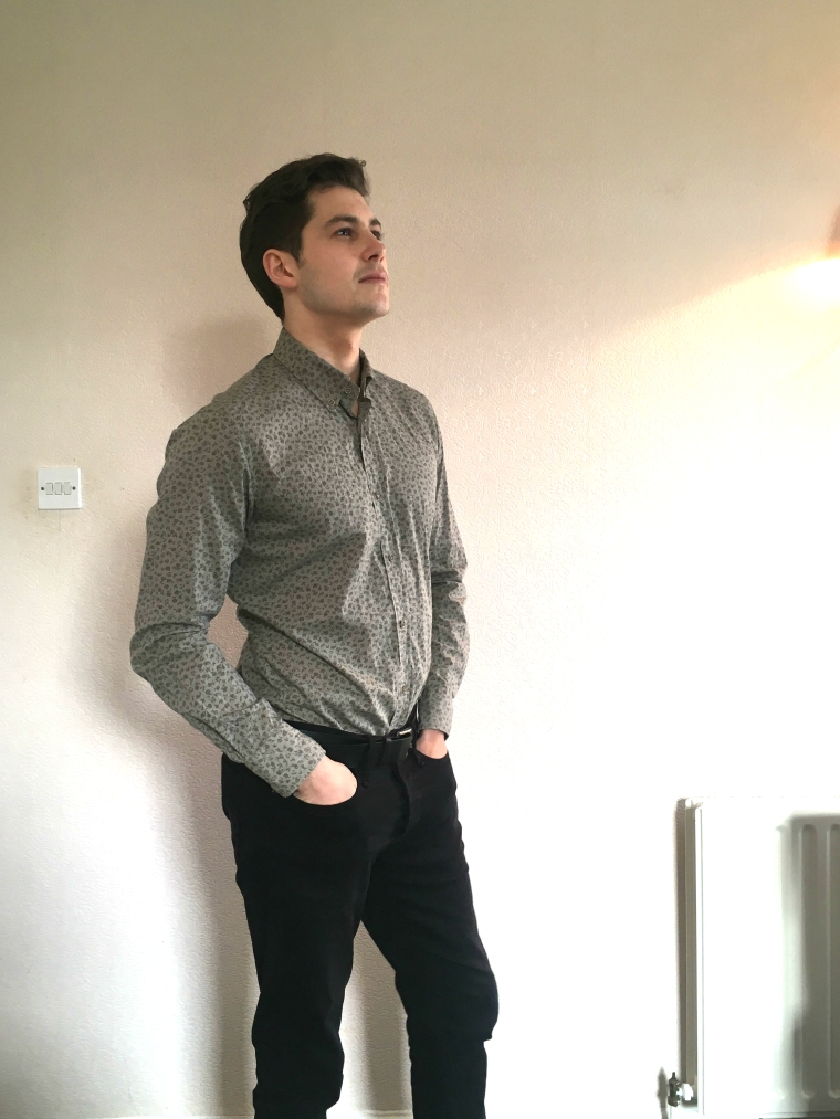man wearing floral fashion massimo dutti shirt