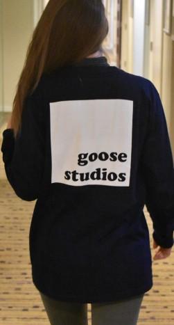 goose_studios_blue_t_shirt_reverse